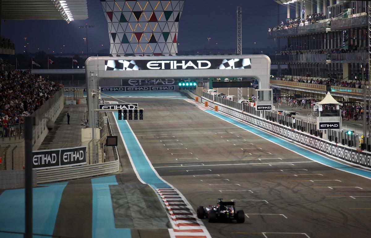 Abu Dhabi race Fri0421